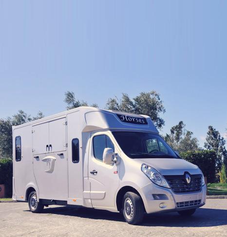 Carrosserie Ameline fabrica cada camión para el transporte de caballos con minucia