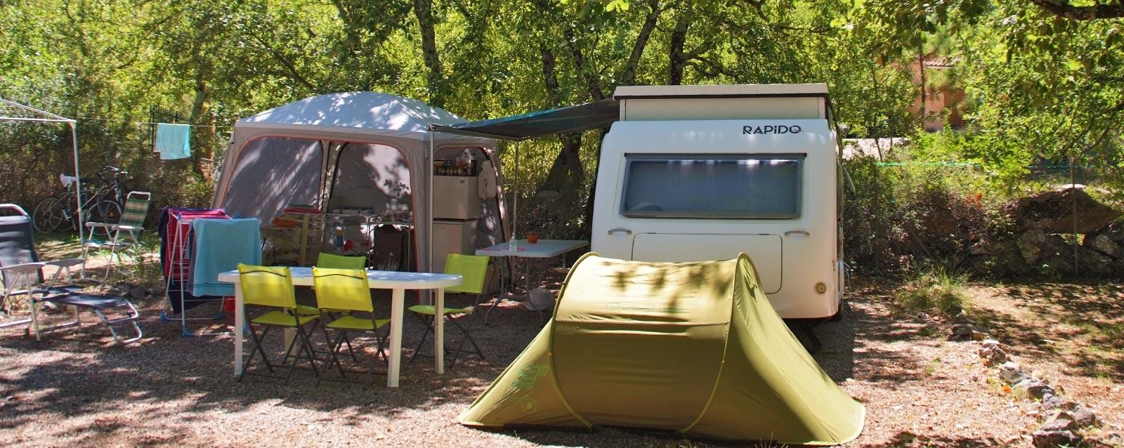 Votre emplacement caravane au camping du Var Le Parc