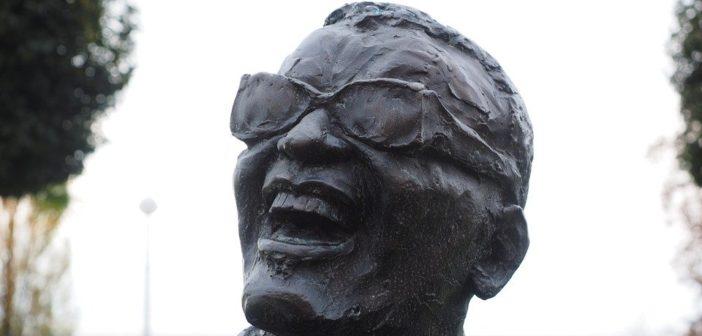 Ray Charles, chanteur et pianiste émérite