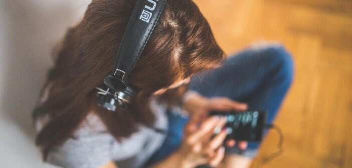 Téléchargez les applications pour écouter les derniers sons gratuitement
